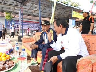 Kadishub Garut Berdialog dengan Bupati setempat.