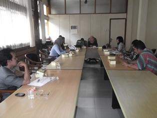 Kepala BNNK Garut, AKBP Widayati, BA Bersama Komisi A DPRD. (Foto: John).