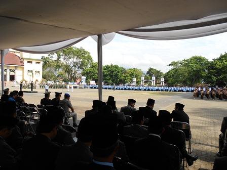 Suasana Peringatan Hari Pahlawan di Alun-Alun Garut, Ahad (10/11/2013). Foto: John.