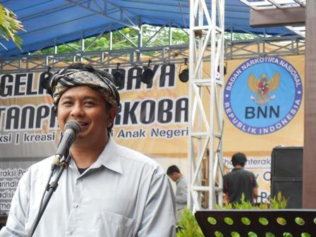 Mantan Wakil Bupati Garut, Rd. Dicky Chandra Negara, Apresiasi Positip Gelar Budaya Tanpa Penyalahguna Narkoba. (Foto: John).