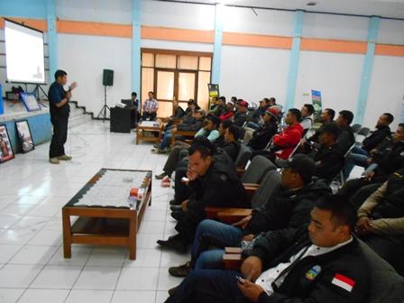 Syam Sumaryana, SH, MH Sajikan Advokasi P4GN. (Foto: John).
