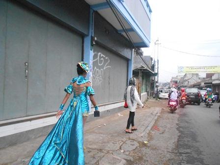 Ilustrasi, Fashion (Foto : John Doddy Hidayat).