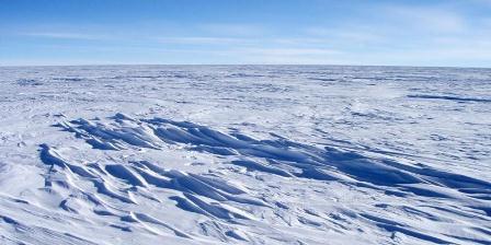 Ilmuwan menemukan tempat terdingin di muka Bumi. Suhunya mencapai - 93 derakat Celsius. | ATSUHIRO MUTO, NATIONAL SNOW AN ICE DATA CENTER/AP