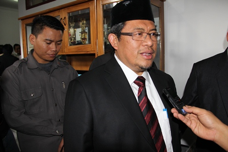 Gubernur Jabar Didesak Pertanyaan Garut News, Kamis (23/01-2014). Foto: John Doddy Hidayat.