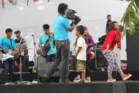 Pesta Rakyat Santolo.