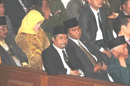 Sekda Garut, Saat Hadiri Prosesi Pelantikan, Kamis (23/01-2014). Foto : John Doddy Hidayat.