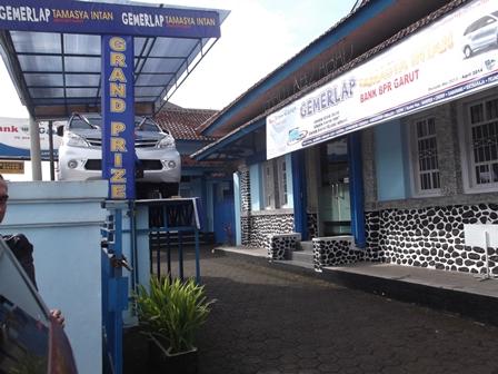 Ilustrasi, Lembaga Perbankan Gelapkan Uang. (Foto : John Doddy Hidayat).