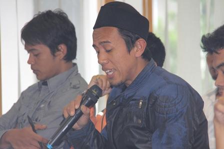 Salah Seorang Wakil Warga Pasar Limbangan. (Foto: John Doddy Hidayat).