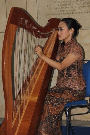 """Ilustrasi. """"Gegap Gempitanya Teriakan Pendemo di Garut, Tak Seindah Alunan Musik Harpa"""". (Foto: John Doddy Hidayat)."""