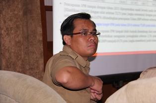 Aparat Perencanaan dari Bappeda Kabupaten Garut. (Foto: John Doddy Hidayat).