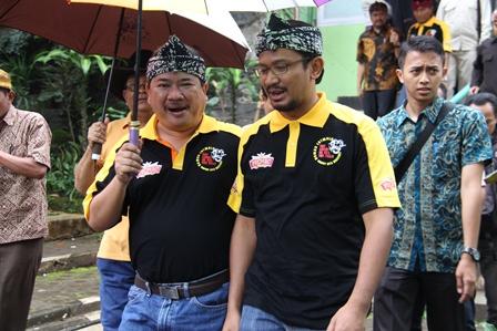 Bupati dan Wakil Bupati Garut, Sabtu (22-02-2014).