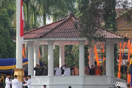 Berlangsung Khidmat, Senin (17/02-2014). Foto: John Doddy Hidayat.