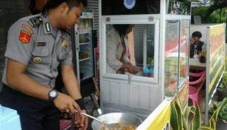 Langkah Terpuji Menambah Penghasilan Halal. (uzl)