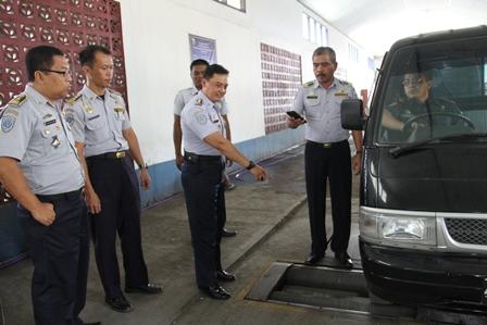 Firman Karyadin, Juga Menunjukkan Efektivitas Piranti Pengujian Rem Kendaraan.