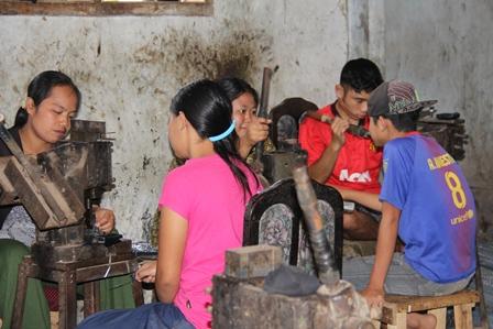 Home Industri Berkualitas Ekspor ke Jepang dari Desa Cangkuang.