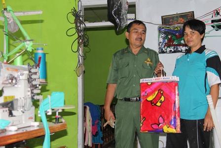 Produk Selimut Desa Cangkuang Tembus Pangsa Pasar Jawa Tengah, dan Luar Kabupaten Garut.