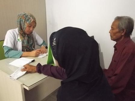Bhakti Sosial Klinik Kesehatan Yasifa', Sabtu (24/05-2014).
