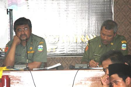 Ilustrasi. Renungi Pengunjukrasa, Senin (05/05-2014). Foto : John Doddy Hidayat.