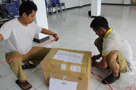 Proses Pengiriman LJK Selama Ini Lancar. (Foto : John Doddy Hidayat).