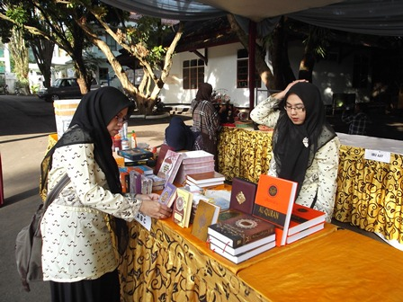Bazar dan Bursa Buku Satu Abad 'Aisyiah.