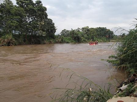Lintasan Aliran Sungai Cimanuk, Garut, Jawa barat. (Foto: John).