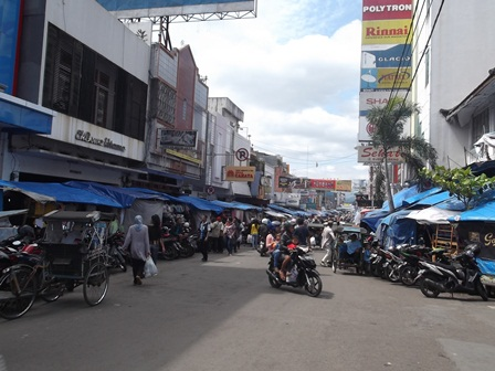 """Inilah Kondisi """"Kawasan Tertib Lalulintas"""" (KTL) di Kota Garut, Selasa (08/07-2014)."""