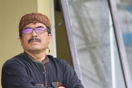 Inilah, Sutarman, Pendekar atawa Jawara Hutan Kota di Garut, Jawa Barat.