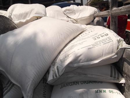 Pasarkan Produk Tepung. (Foto: John Doddy Hidayat).