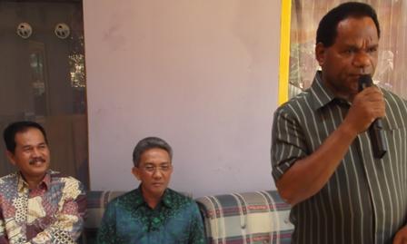 Asisten Perekonomian (paling kanan) Ir H Eddy Muharam, M.Si Juga Dampingi Menteri KLH RI.