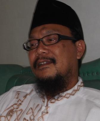 KH Drs Agus Muhammad Soleh.
