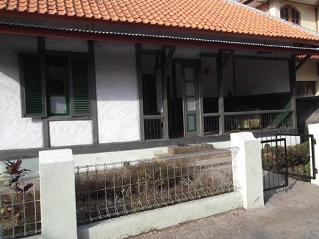 Arsitektur Rumah Lawas Atawa Heubeul.