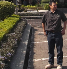 Syam Sumaryana.