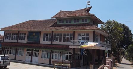 Kearifan Lokal Bernilai Adu Luhung, Diakui Bupati Garut yang Diadopsi Menjadi Arsitektur Bangunan Kampus ITB.