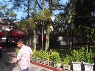 Suasana Sebelum Berlangsung Misa Natal di Garut, Kamis (25/12-2014) Pagi.