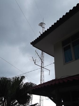 Piranti IT Pos Pengamatan Gunungapi Papandayan.