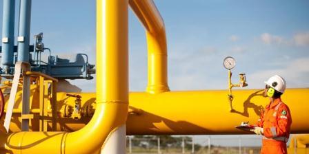 Jaringan pipa gas. (Perusahaan Gas Negara (PGN)