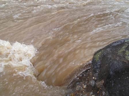 Disapu Banjir Bandang.