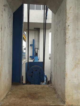 Mekanik Pengangkat Pintu Air.