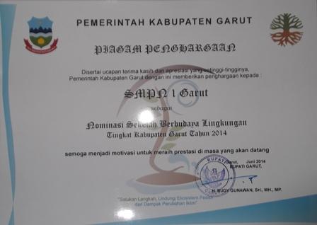 Penghargaan Sekolah Berbasis Wawasan Lingkungan.