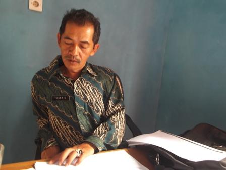 Drs Yusep Sapari.