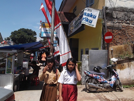 Digerus Hingar Bingar Juga Dikepung Kemacetan Mobilitas Perkotaan.