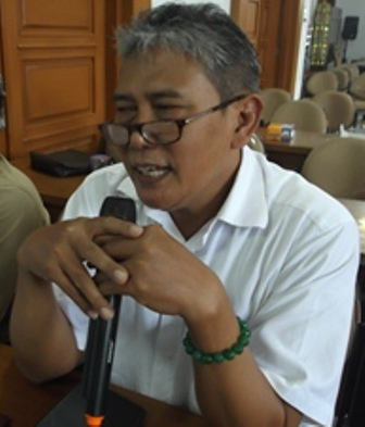 dr Yanto, Sp.KK