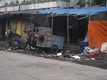 Penduduk Urban di Kota Garut, Banyak Menempati Rumah Kumuh Atawa Tak Layak Huni. (Foto : John Doddy Hidayat).