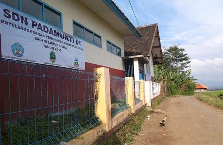 Salah Satu Sarana Pendidikan Penduduk Cikurantung.