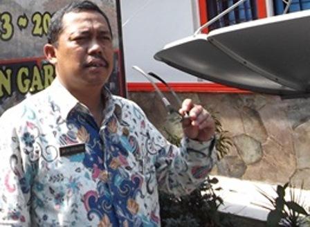 Kepala Diskominfo Kab. Garut, Dik Dik Hendrajaya, M.Si (Foto : John Doddy Hidayat).