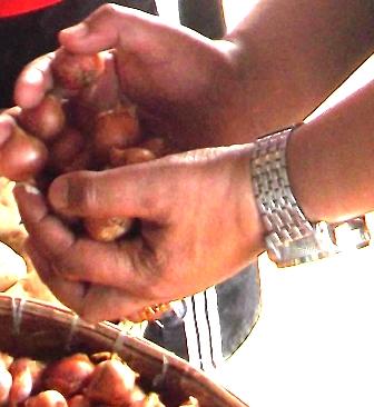 Harga Bawang Masih Memukul Penjual Nasi Goreng atawa Penjual Bubur.
