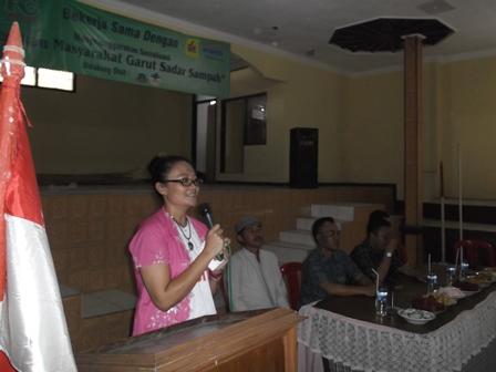 Rr. Gita Noerwardhani.