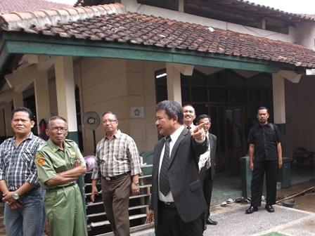 Masjid SMPN 1 Garut Berkondisi Tak Lagi Memadai.