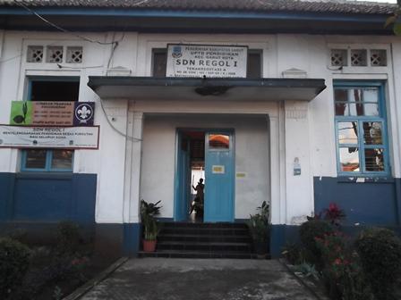 SDN Regol I Garut, Jawa Barat. (Foto: John Doddy Hidayat).