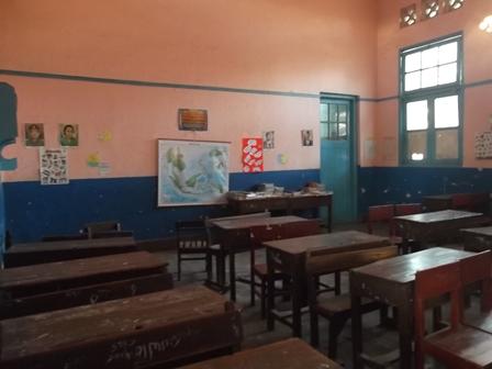 Kondisi Ruangan Kelas SDN Regol I. (Foto: John Doddy Hidayat).